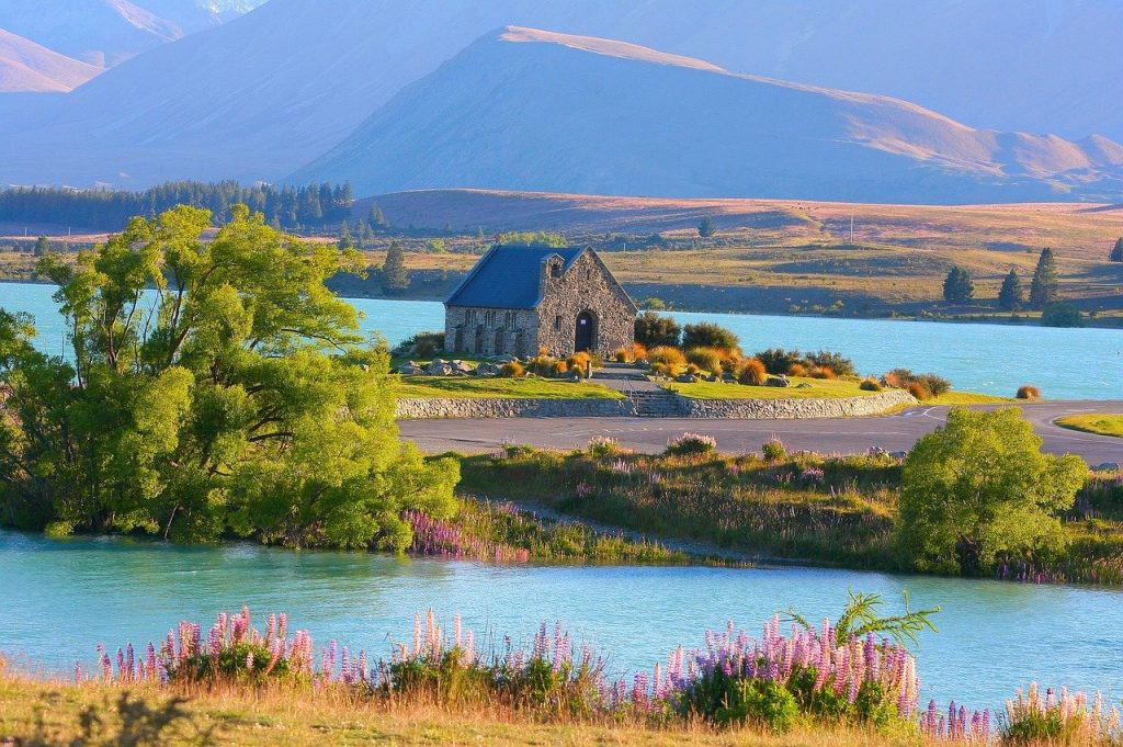 Lake Tekapo New Zealand Campervan hire